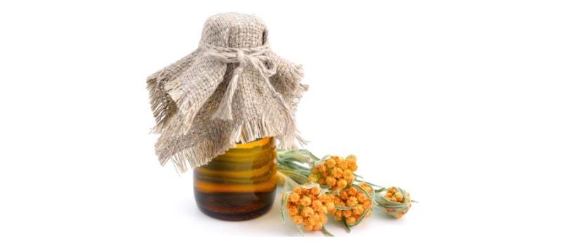 Everlasting flower oil